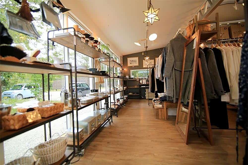 craft&design WHITE NOTE店内